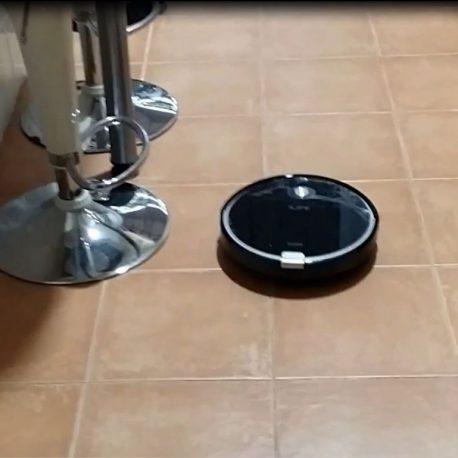 robot aspirador gatos